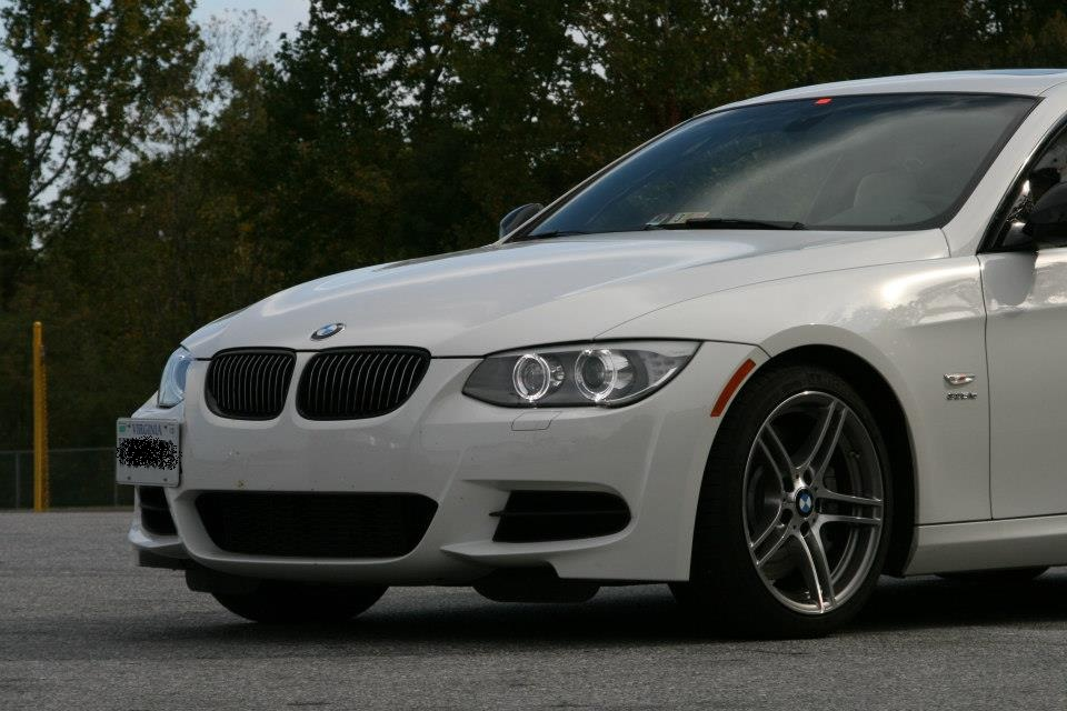 Alpine White 2012 BMW 335i 335is