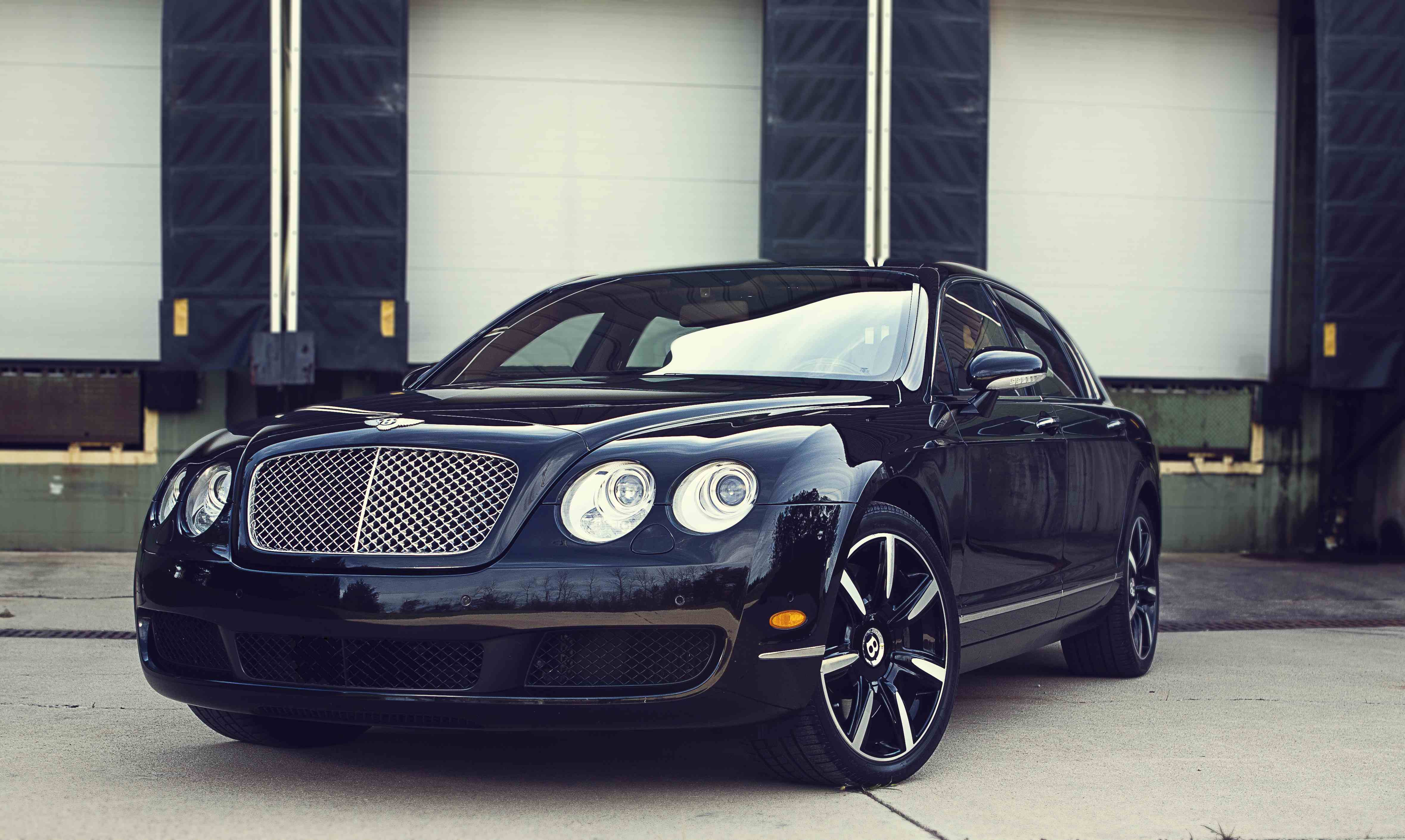 Beluga Black 2006 Bentley Continental Flying-Spur