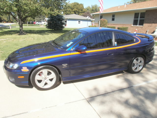 2005 Midnight Blue Pontiac GTO  picture, mods, upgrades