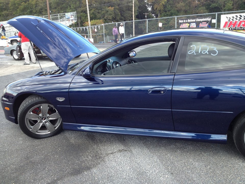 Midnight Blue Metallic 2005 Pontiac GTO