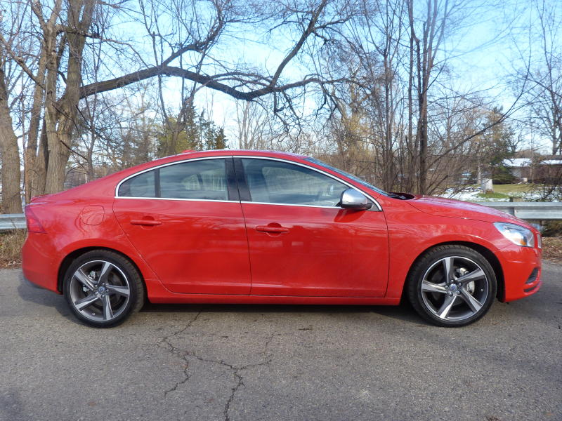 2012  Volvo S60 R-Design picture, mods, upgrades