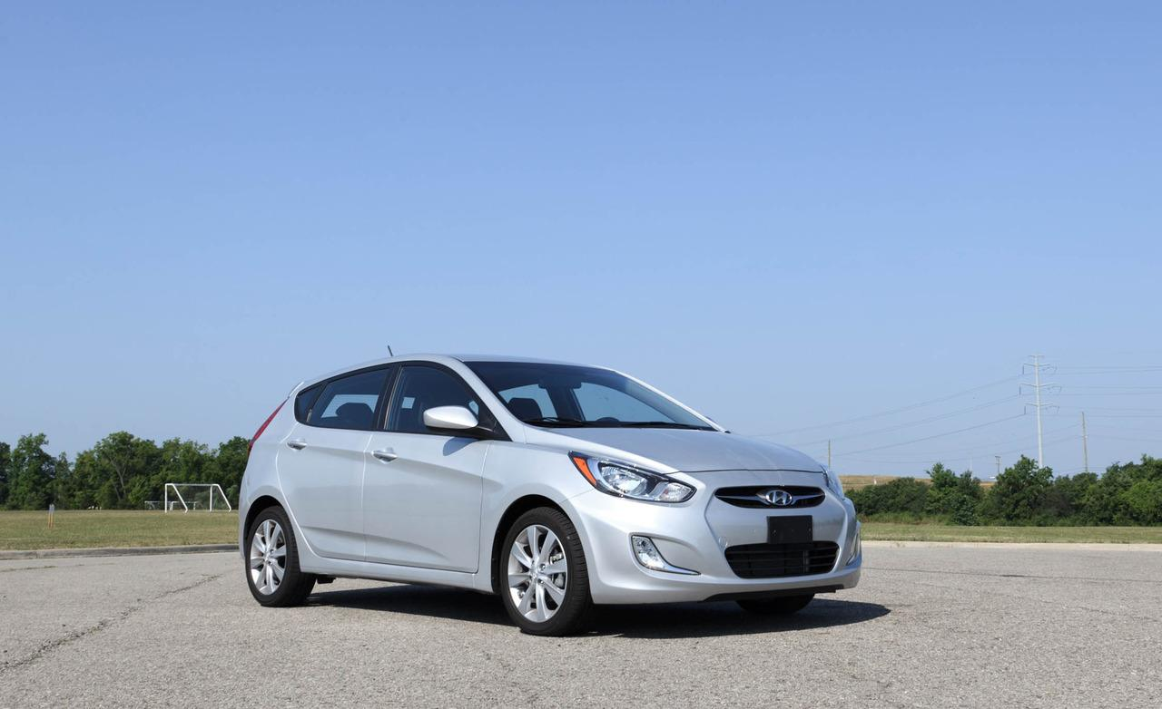 2012  Hyundai Accent SE picture, mods, upgrades