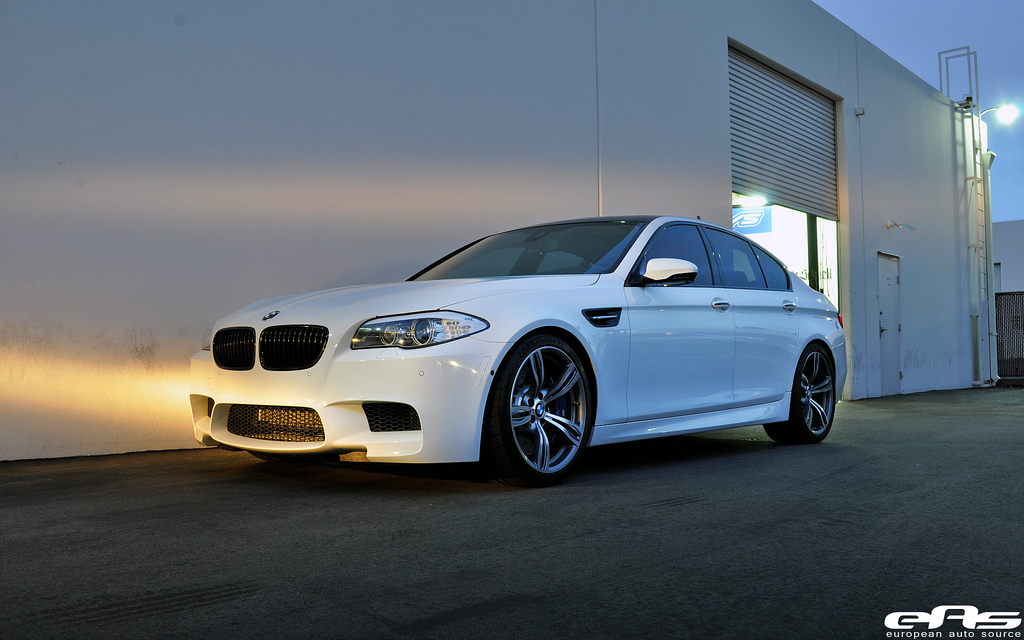 BMW M5 For Sale >> 2013 White BMW M5 F10 Eisenmann Exhaust Pictures, Mods, Upgrades, Wallpaper - DragTimes.com
