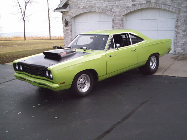 green 1970 Plymouth Road Runner