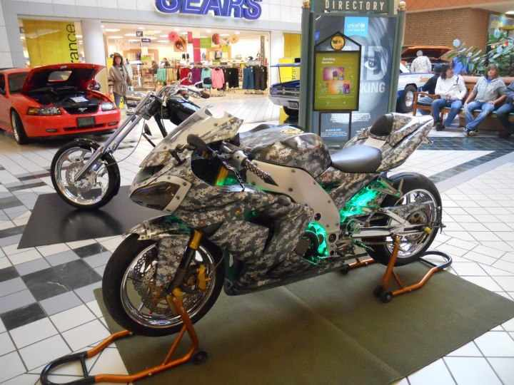 2005 Air brush digital camo Kawasaki ZX Ninja picture, mods, upgrades