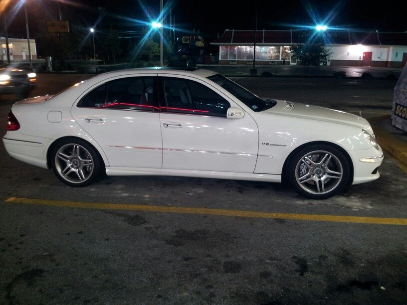 White 2005 Mercedes-Benz E55 AMG