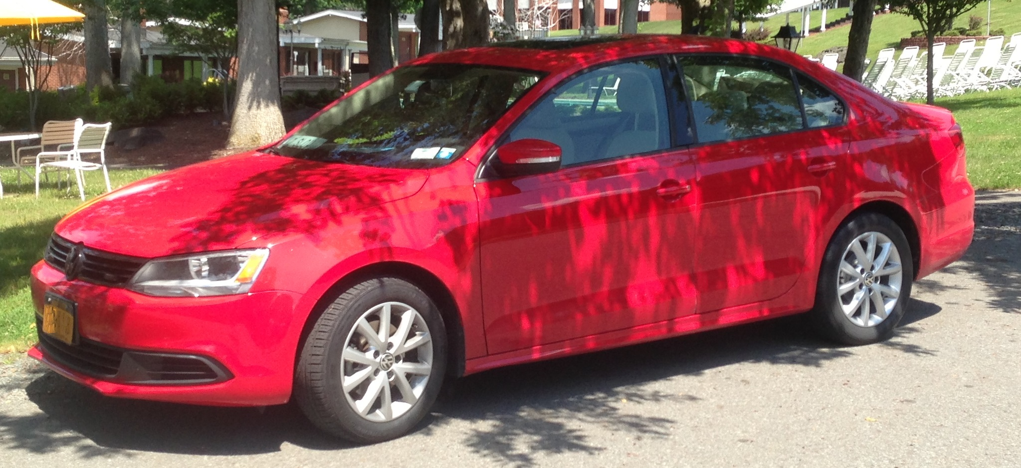 2012 Tornado Red Volkswagen Jetta SE picture, mods, upgrades