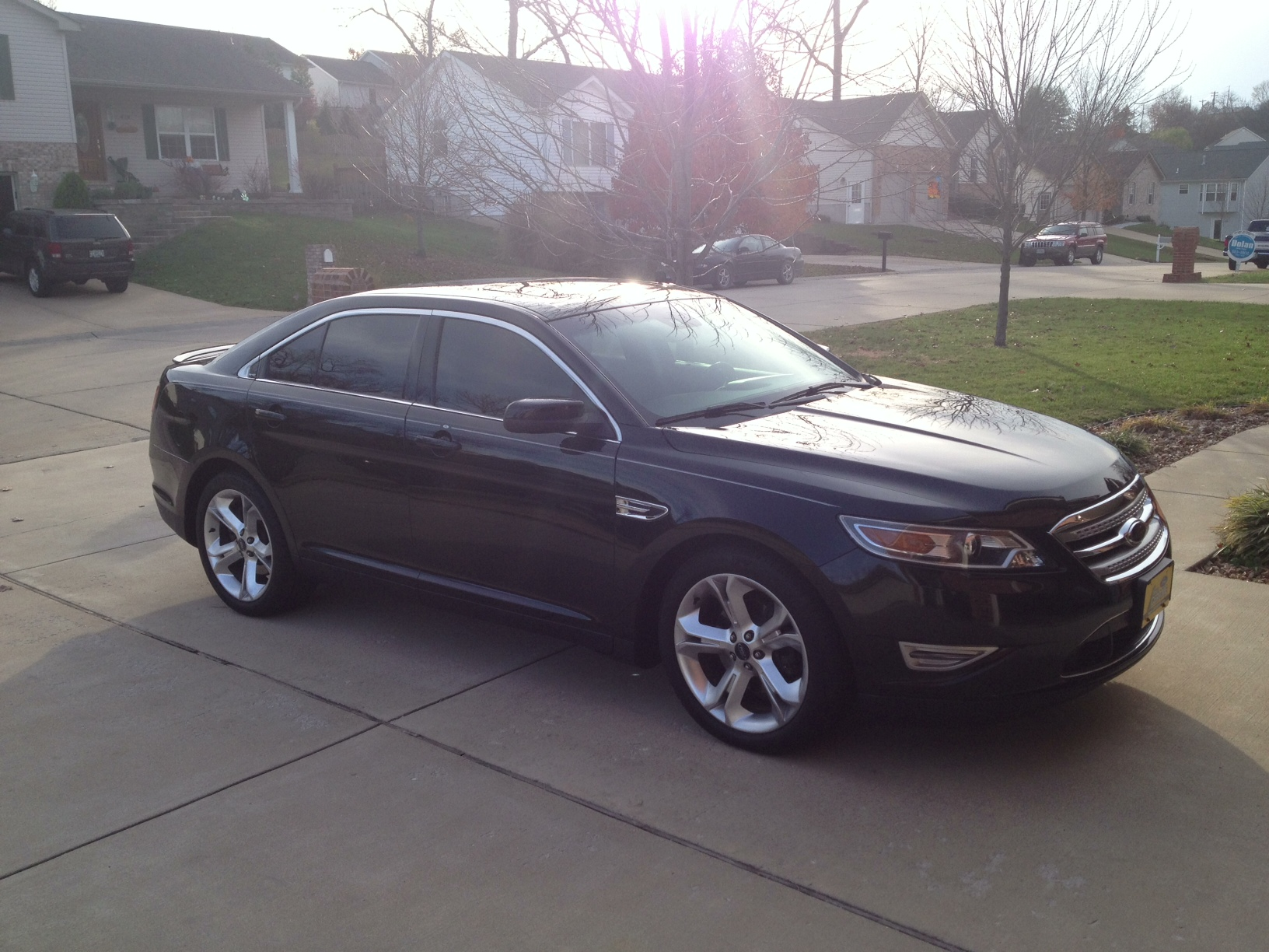 2010 black ford taurus sho picture mods upgrades