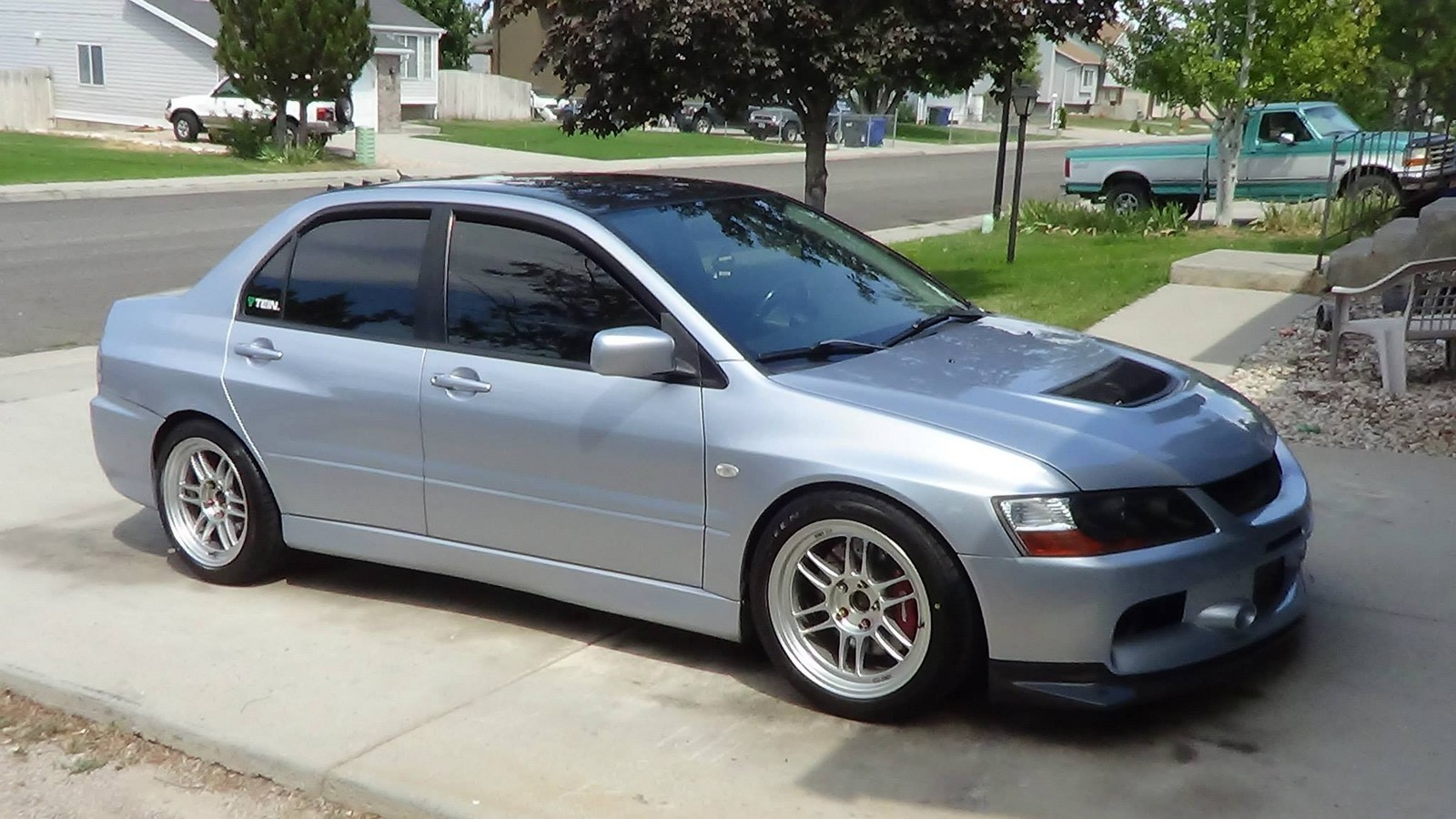 2005 Apex Silver Mitsubishi Lancer EVO GSR picture, mods, upgrades