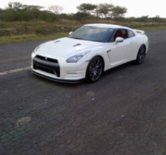 Pearl White 2014 Nissan GT-R Black Edition