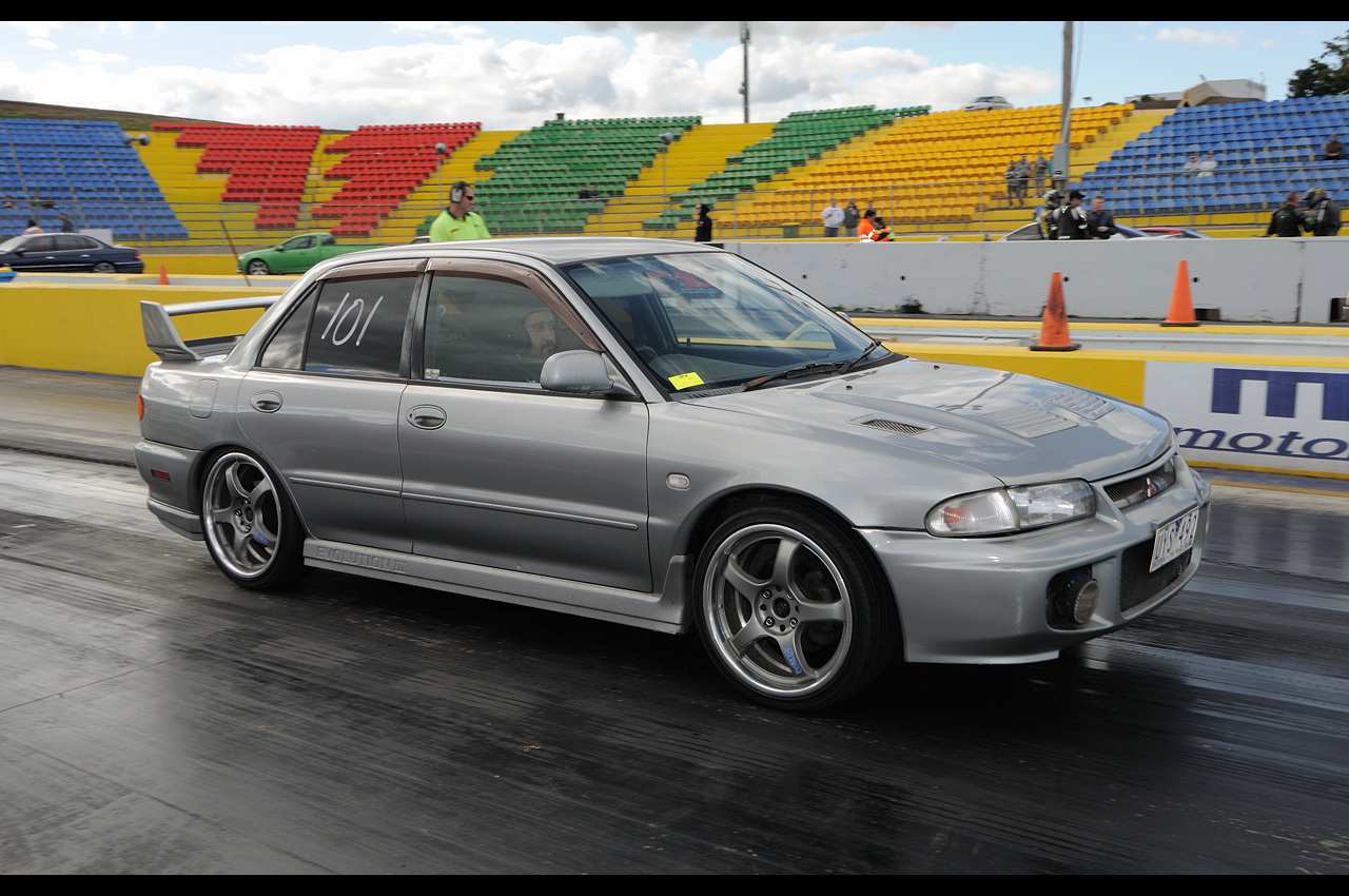 1995 Silver Mitsubishi Lancer EVO RVO III GSR Pictures, Mods, Upgrades, Wallpaper - DragTimes.com