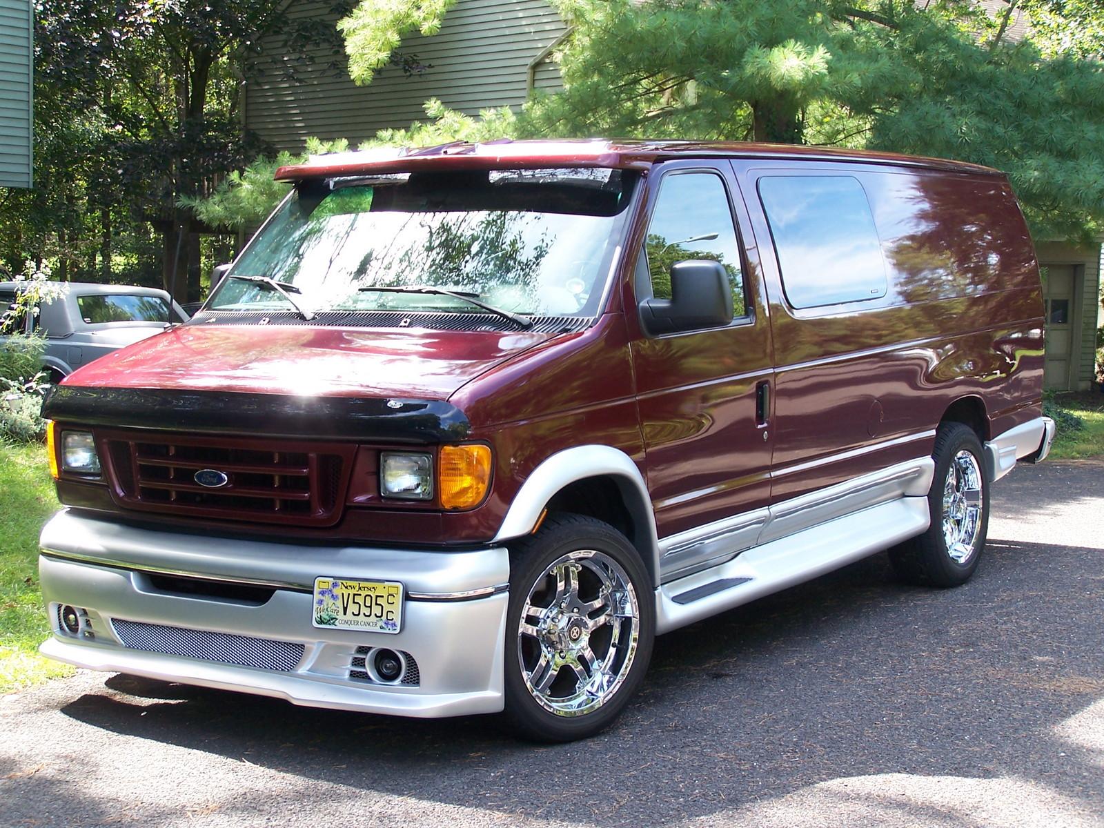 Dark toreador red classic silver 2005 ford econoline e 350 xl ext custom crew