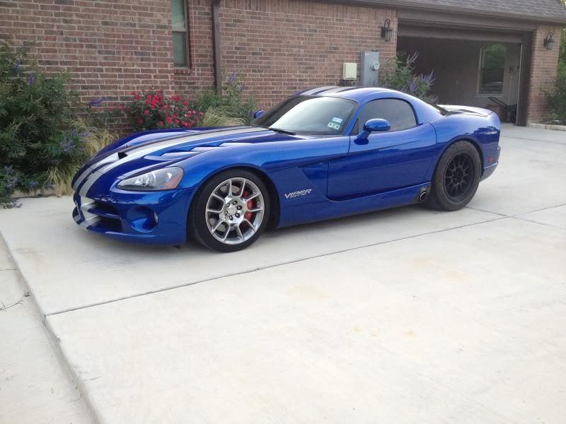 2009 Dodge Viper 1/4 mile Drag Racing timeslip specs 0-60 ...