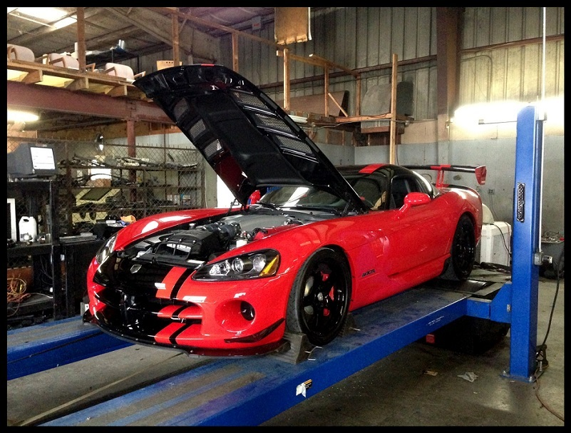 2009 Red and Black Dodge Viper ACR picture, mods, upgrades