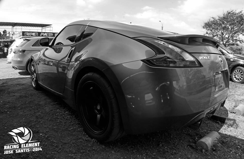 Grey 2012 Nissan 370Z Sport 7AT