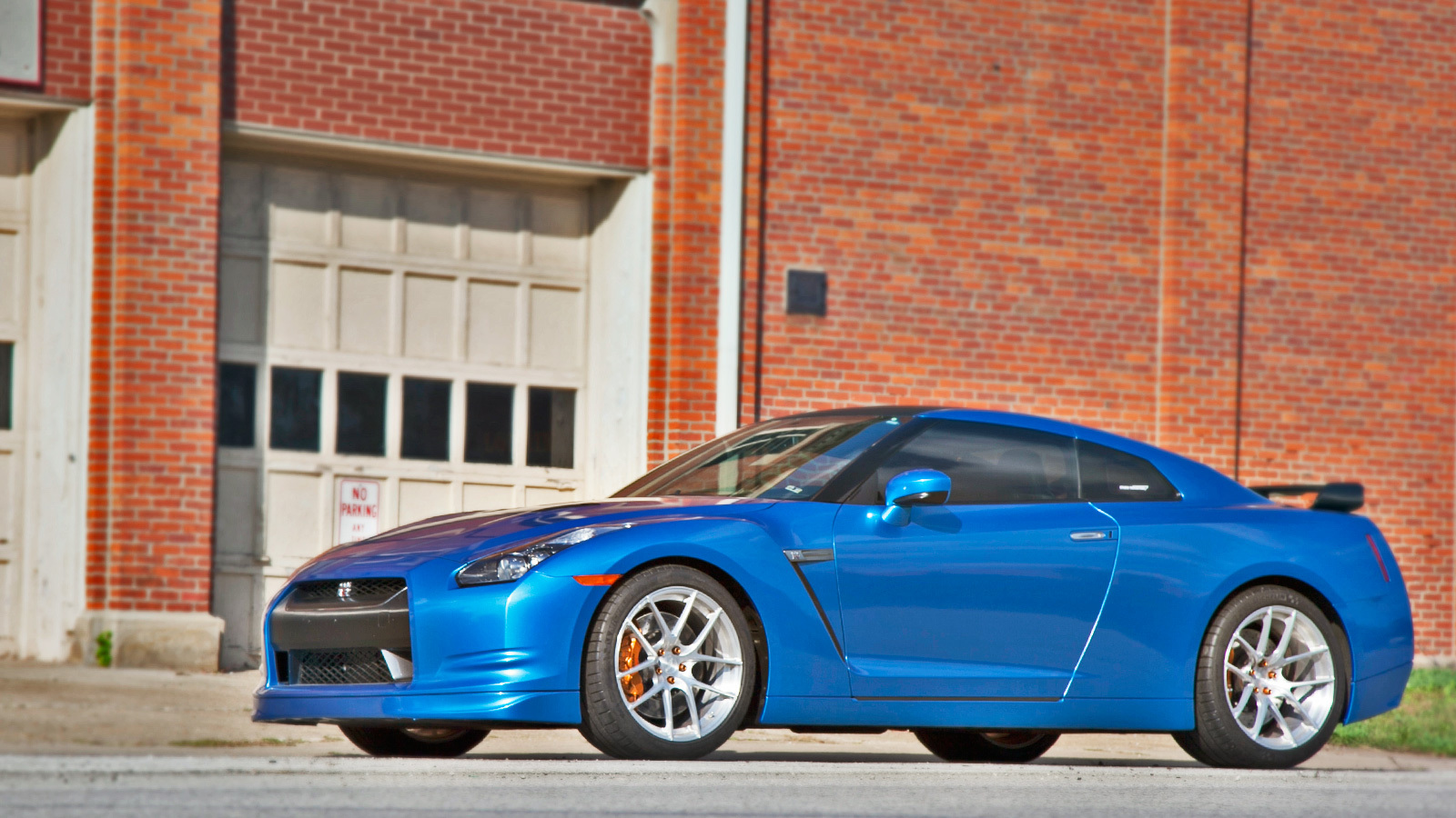 Blue 2014 Nissan GT-R Switzer E900 Flex-Fuel
