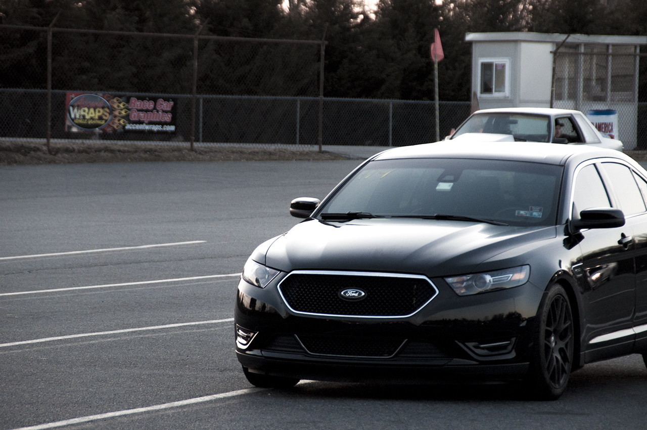 2013 Ford Taurus SHO 1/4 mile Drag Racing timeslip specs 0