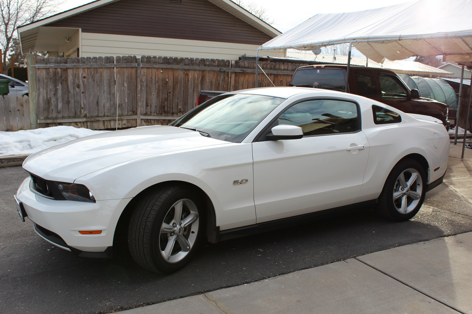 Mustang Performance Parts >> 2012 Performance White Ford Mustang GT Pictures, Mods ...