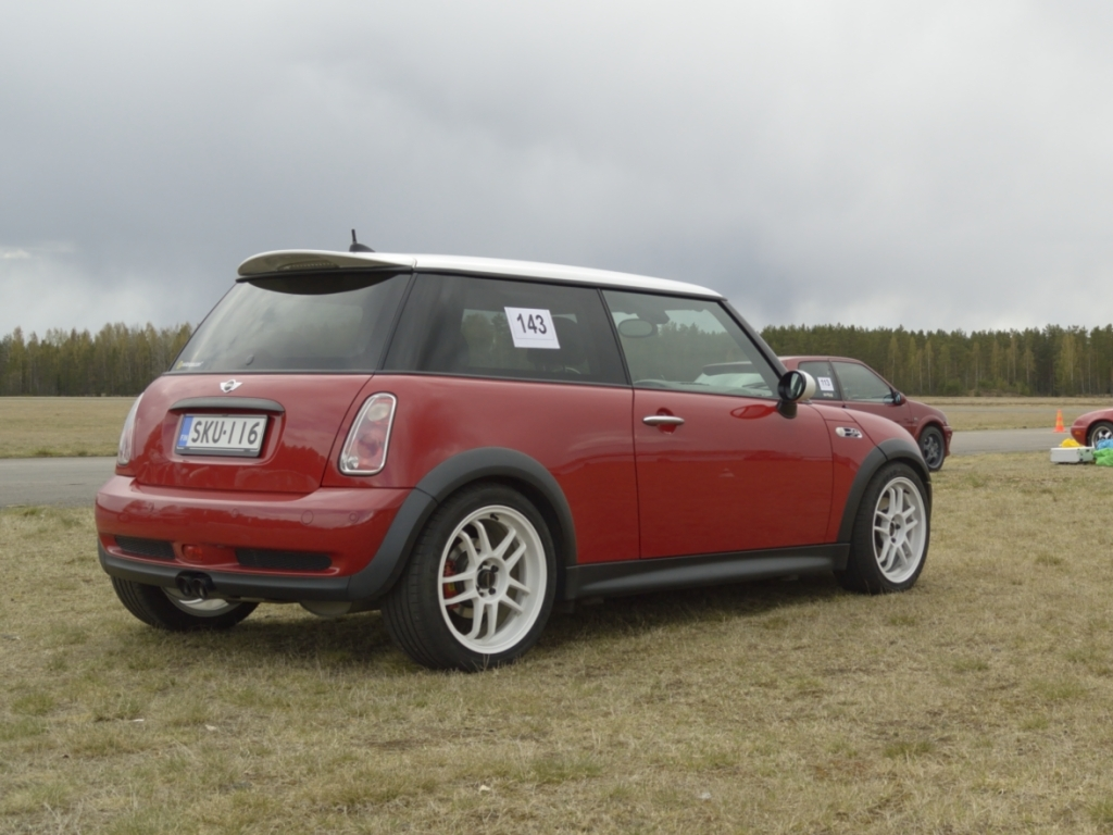 2006 mini cooper s jcw 1 4 mile trap speeds 0 60. Black Bedroom Furniture Sets. Home Design Ideas