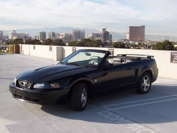 2003 ford mustang v6 convertible 1 4 mile trap speeds 0 60. Black Bedroom Furniture Sets. Home Design Ideas