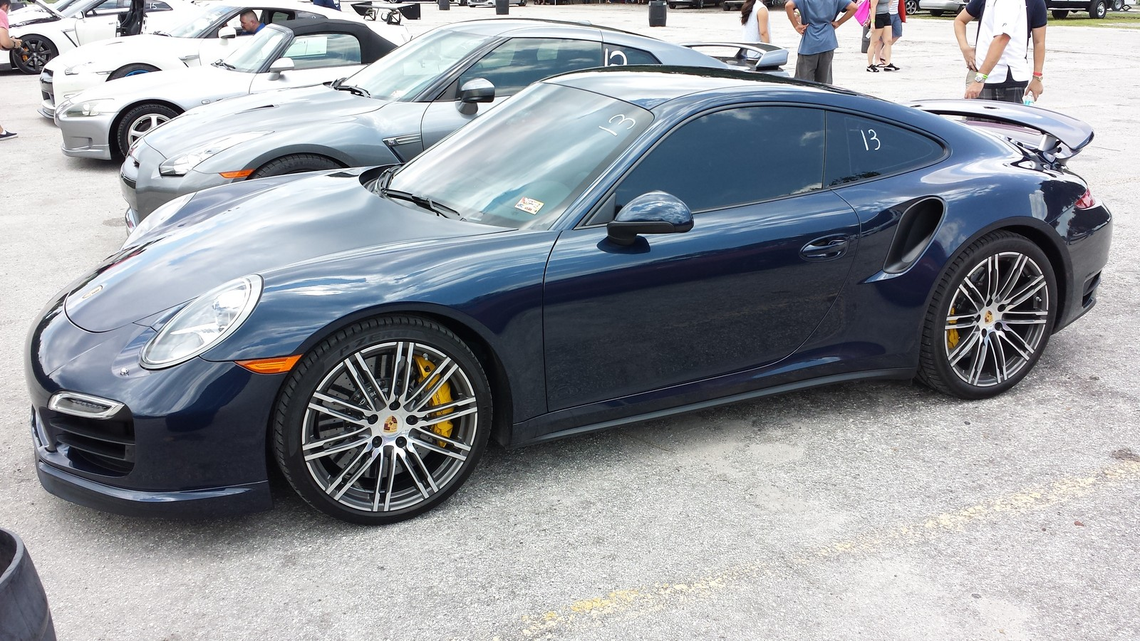 Dark blue 2014 Porsche 911 Turbo