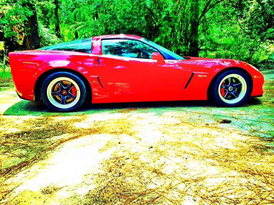 2009 Red Chevrolet Corvette LS7 Z06 picture, mods, upgrades