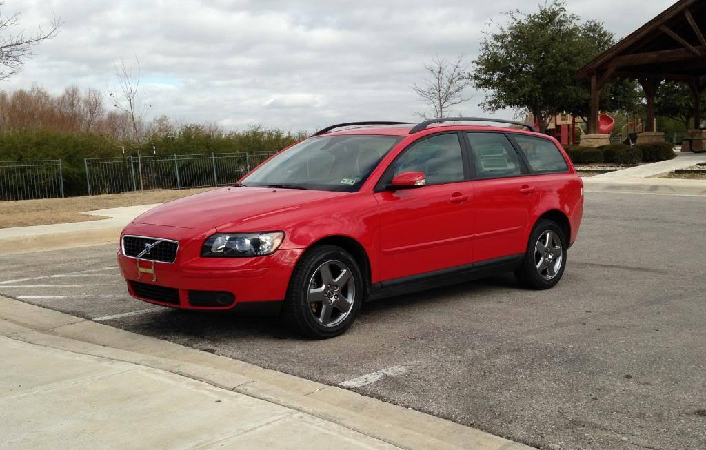 Passion Red 2006 Volvo V50 T5 AWD
