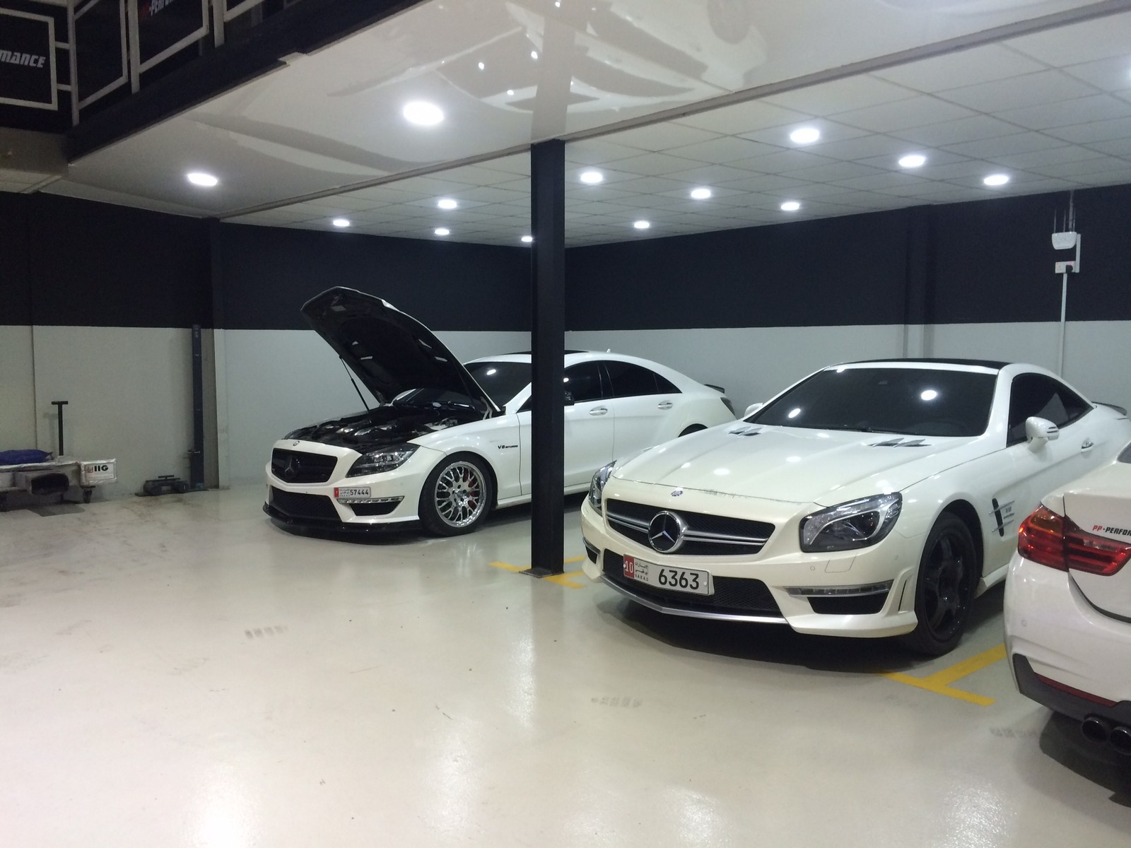 White 2013 Mercedes-Benz SL63 AMG