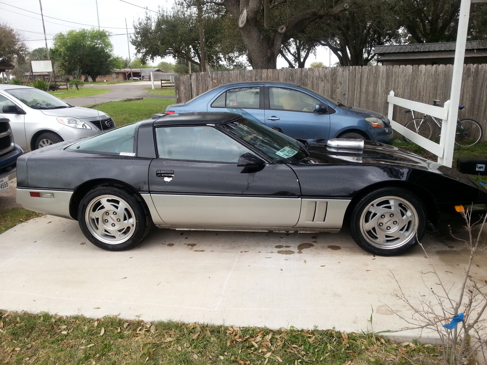 Chevrolet Corvette  runs 11.030 @ 124.130 MPH in the 1/4 mile