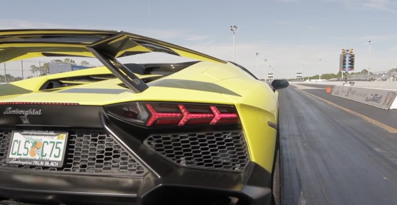 Stock 2014 Lamborghini Aventador LP7204 14 mile Drag Racing