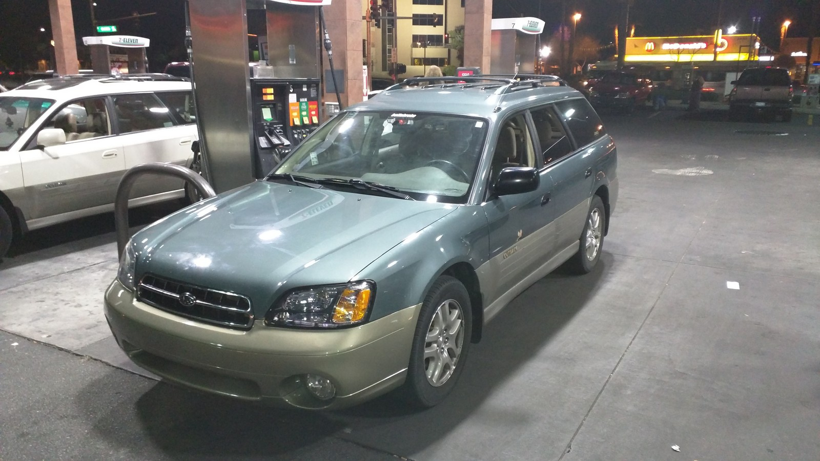 Lesbian Mint Green (Wintergreen Metallic) 2001 Subaru Outback Wagon Base