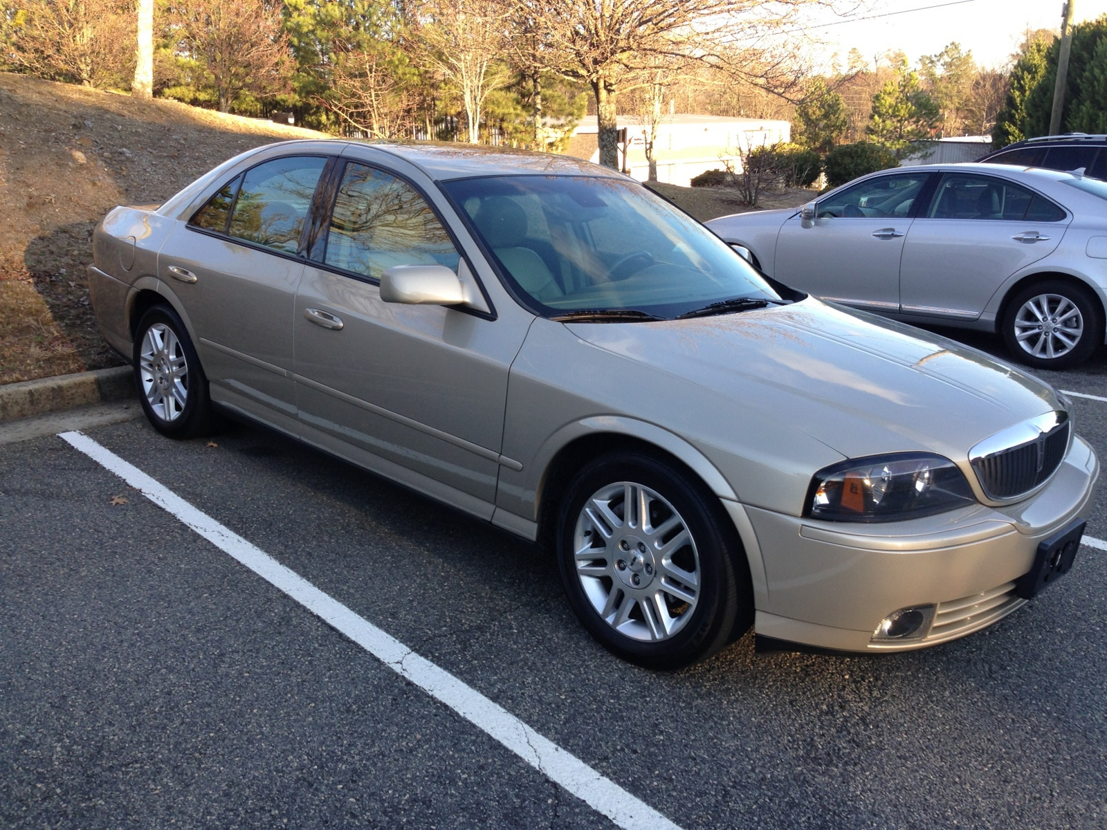 Tan 2004 Lincoln LS