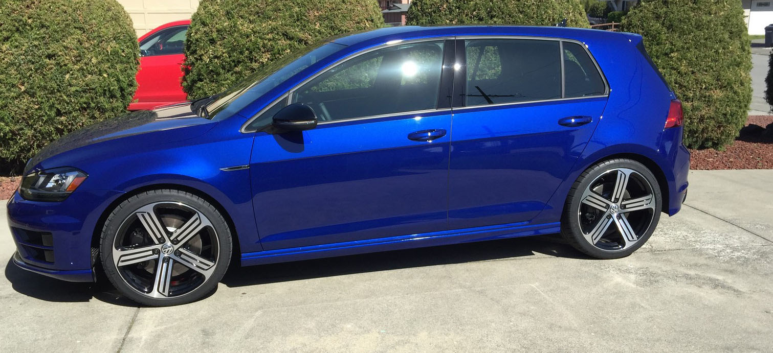 Lapiz Blue 2015 Volkswagen Golf R Loaded w/ DCC and Nav
