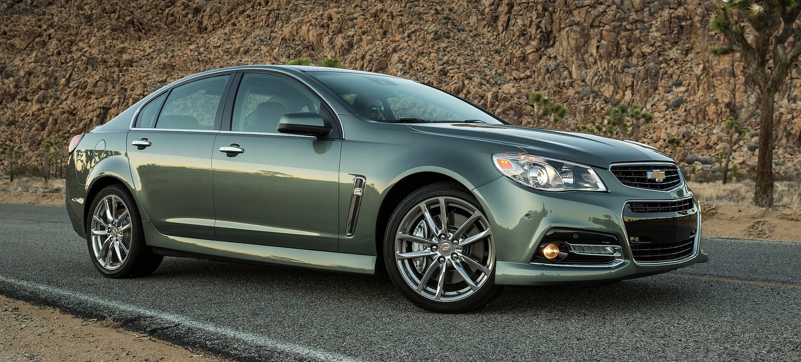 2015 navy green chevrolet ss pictures mods upgrades wallpaper. Black Bedroom Furniture Sets. Home Design Ideas