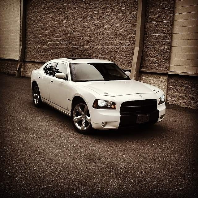 Stone White 2008 Dodge Charger RT