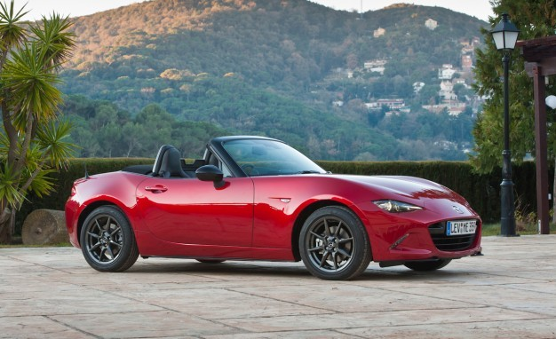 Stock 2016 Mazda Miata MX5 1/4 mile Drag Racing timeslip specs 0-60 ...