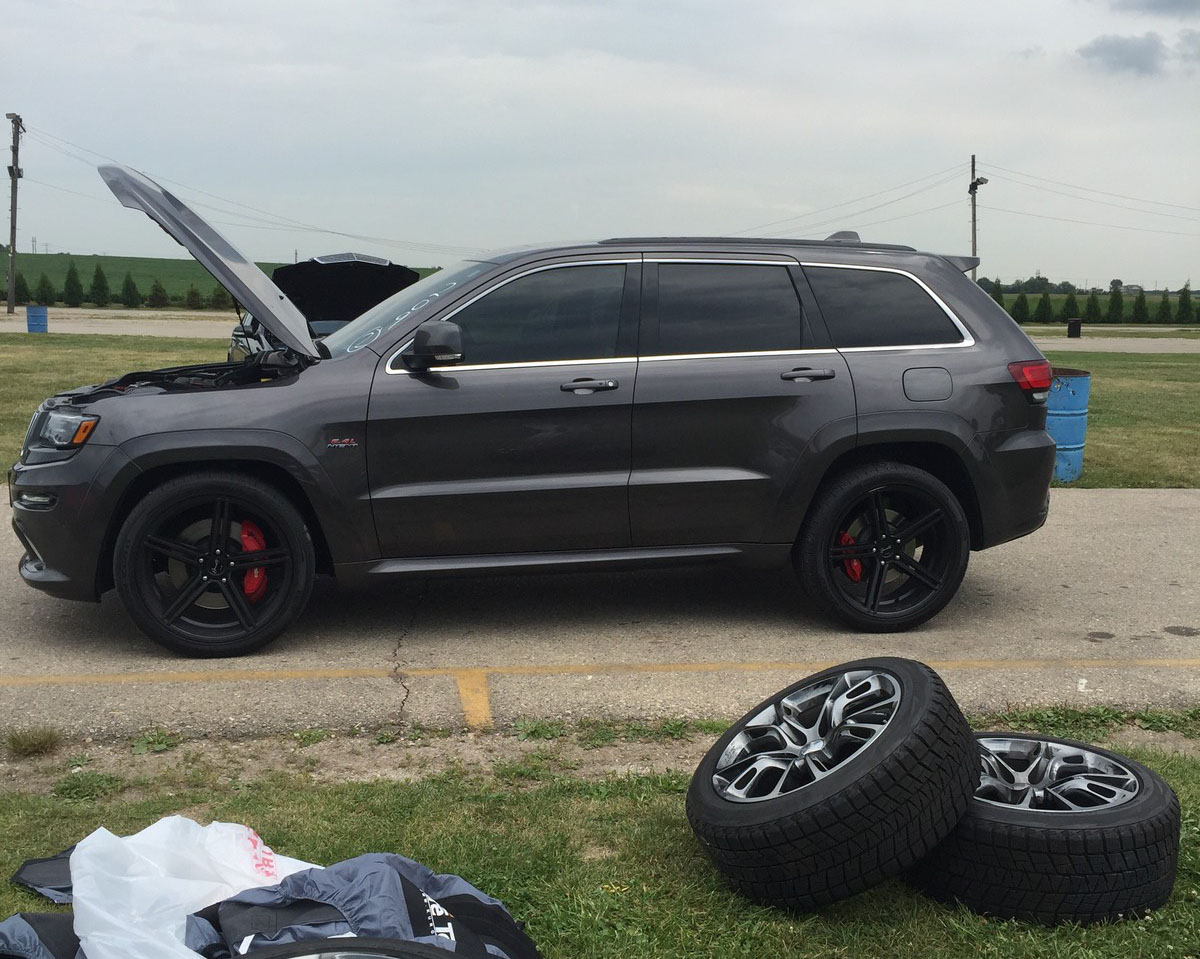 2014 jeep cherokee srt8 6.4 l srt 1/4 mile drag racing timeslip