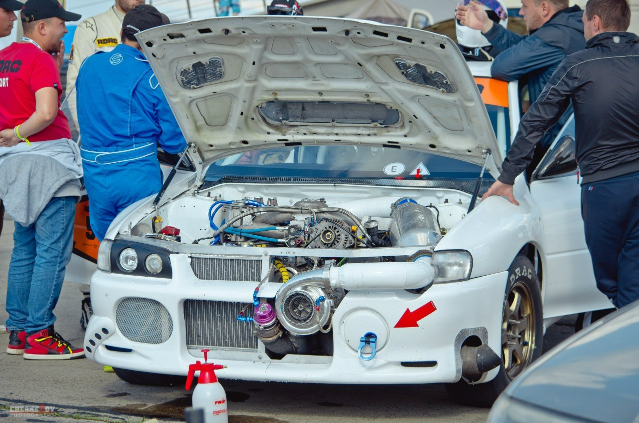 1998 White Subaru Impreza WRX STI GC8 picture, mods, upgrades