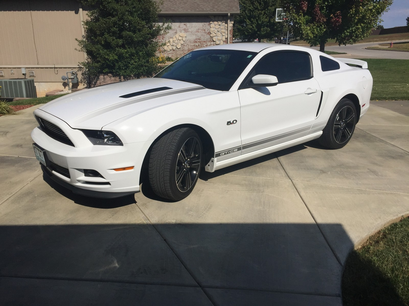 Oxford white 2014 ford mustang gt california special