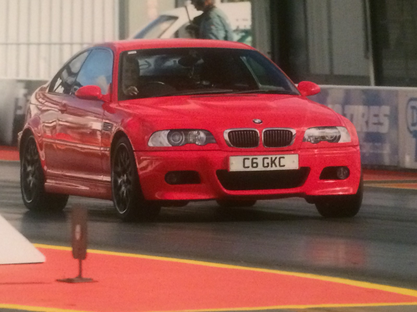 Hellrot Red 2000 Bmw M3