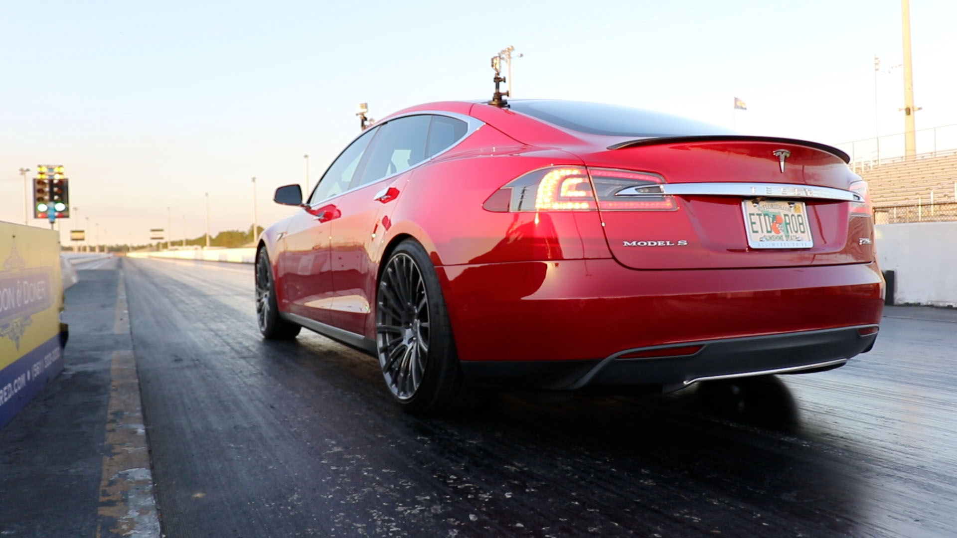 2015 Mult Coat Red Tesla Model S P90D Ludicrous picture, mods, upgrades