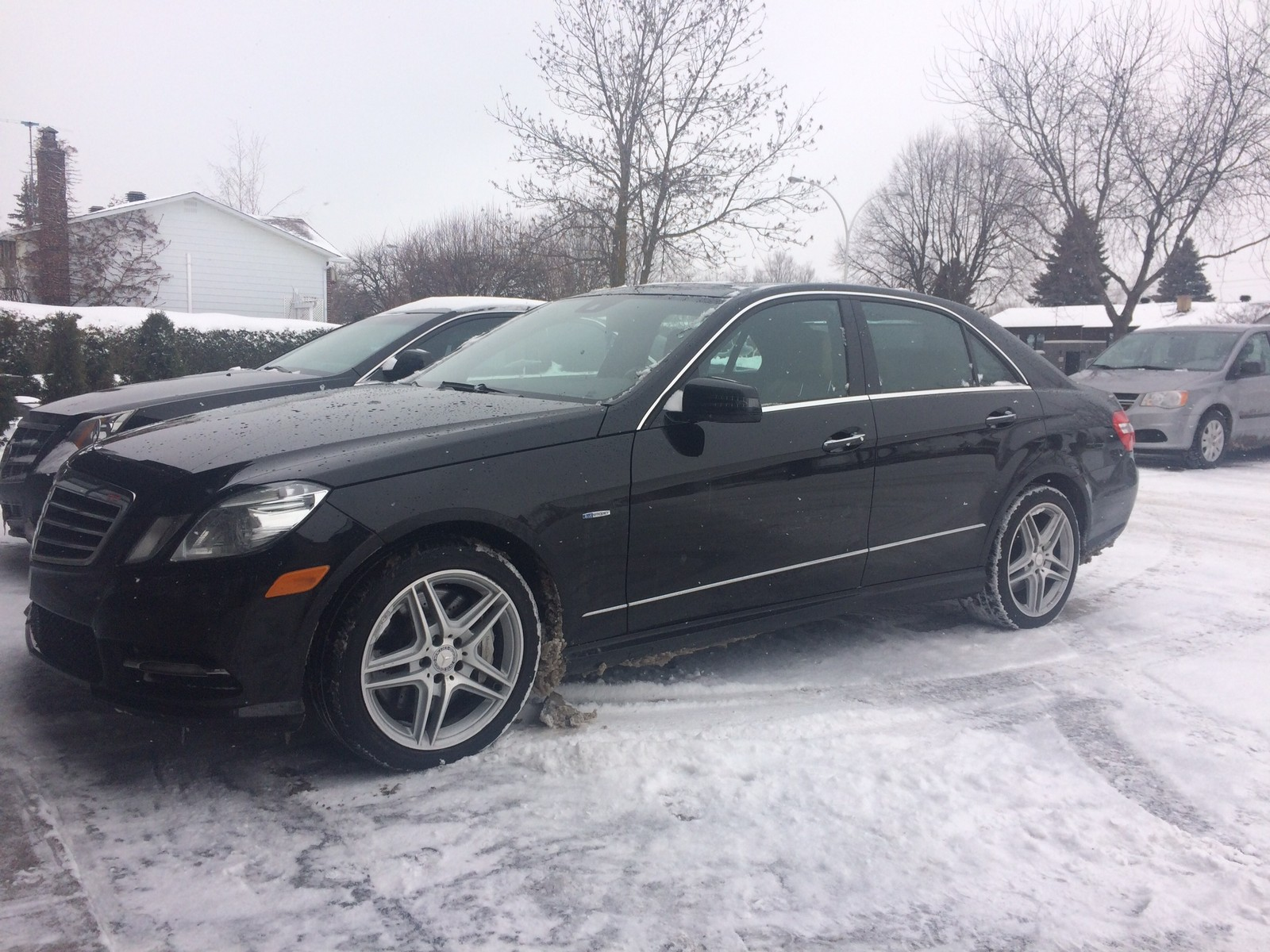 Black 2017 Mercedes Benz E550 4matic Sedan