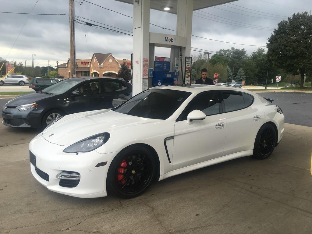 White 2017 Porsche Panamera Turbo