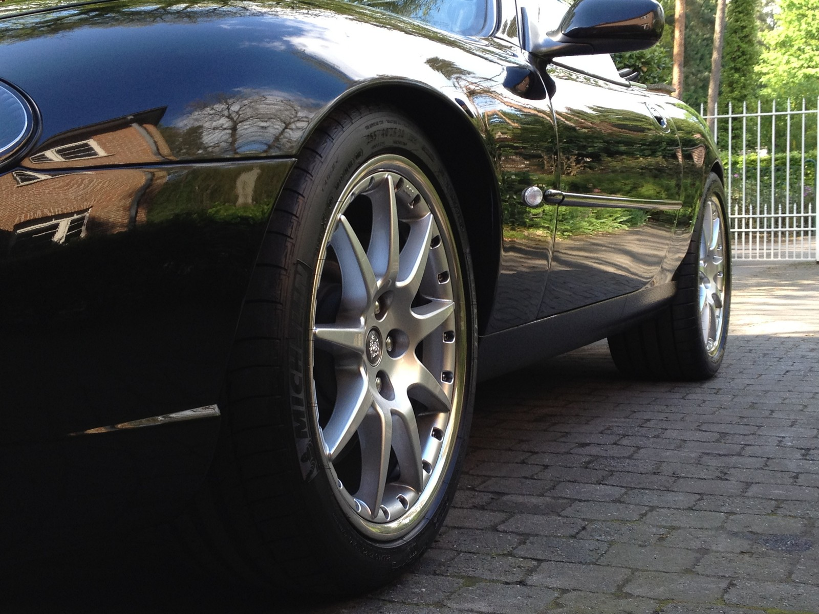 2000  Jaguar XKR  picture, mods, upgrades