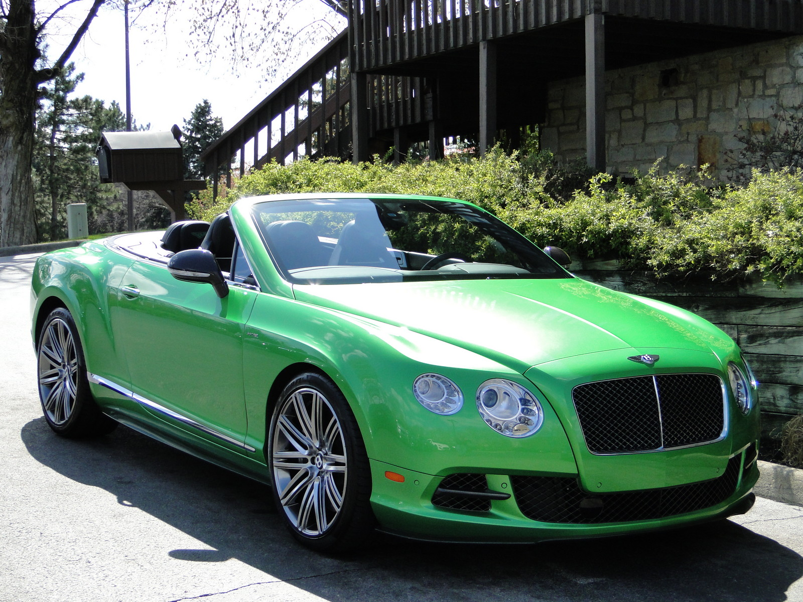 Apple Green 2014 Bentley Continental GT Speed Convertible
