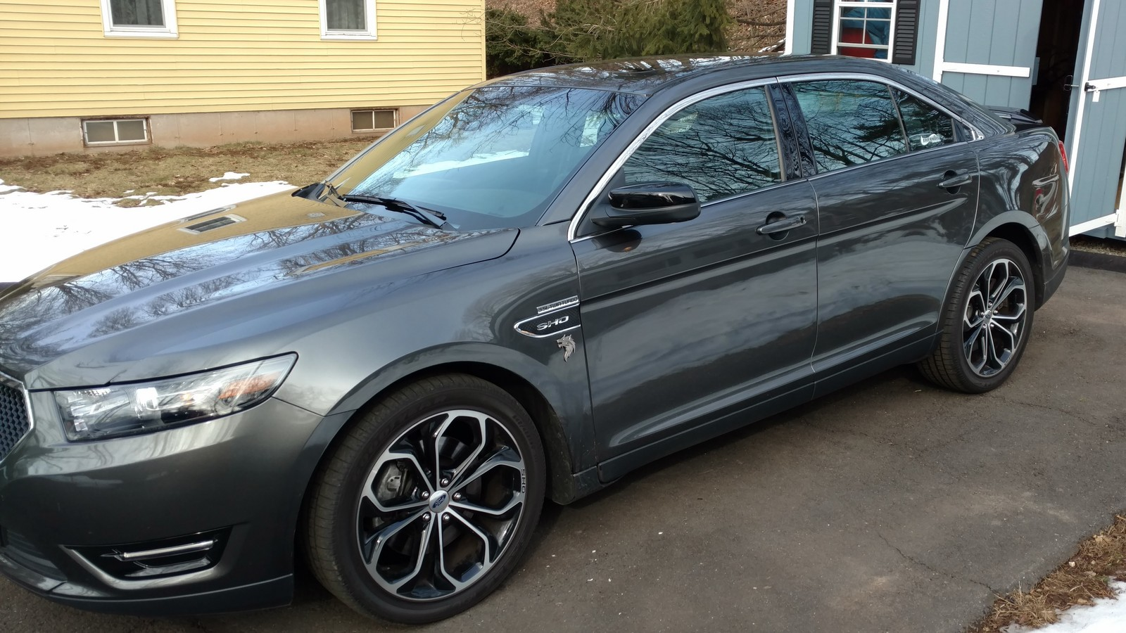 Magnetic  2015 Ford Taurus SHO