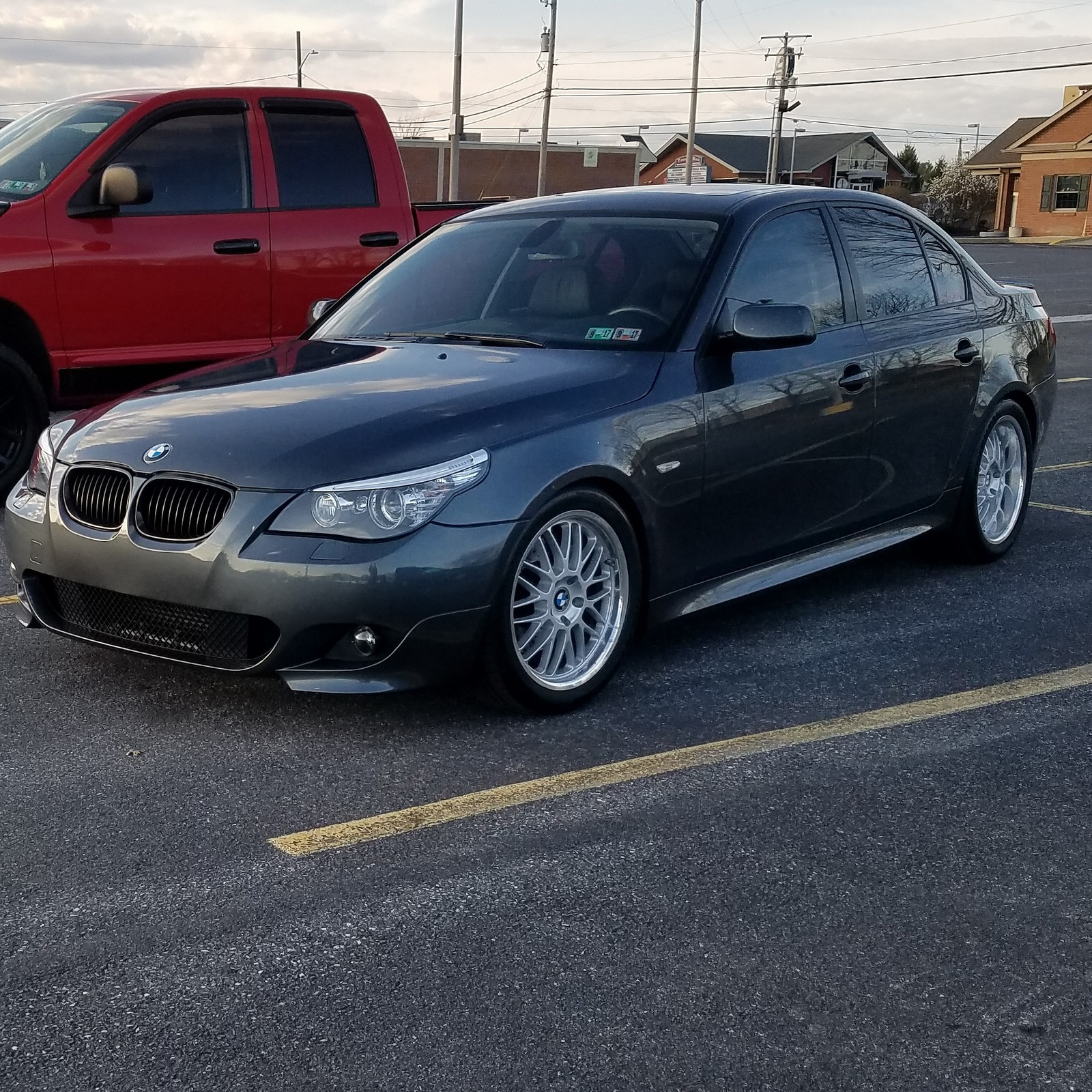 grey 2010 BMW 535xi