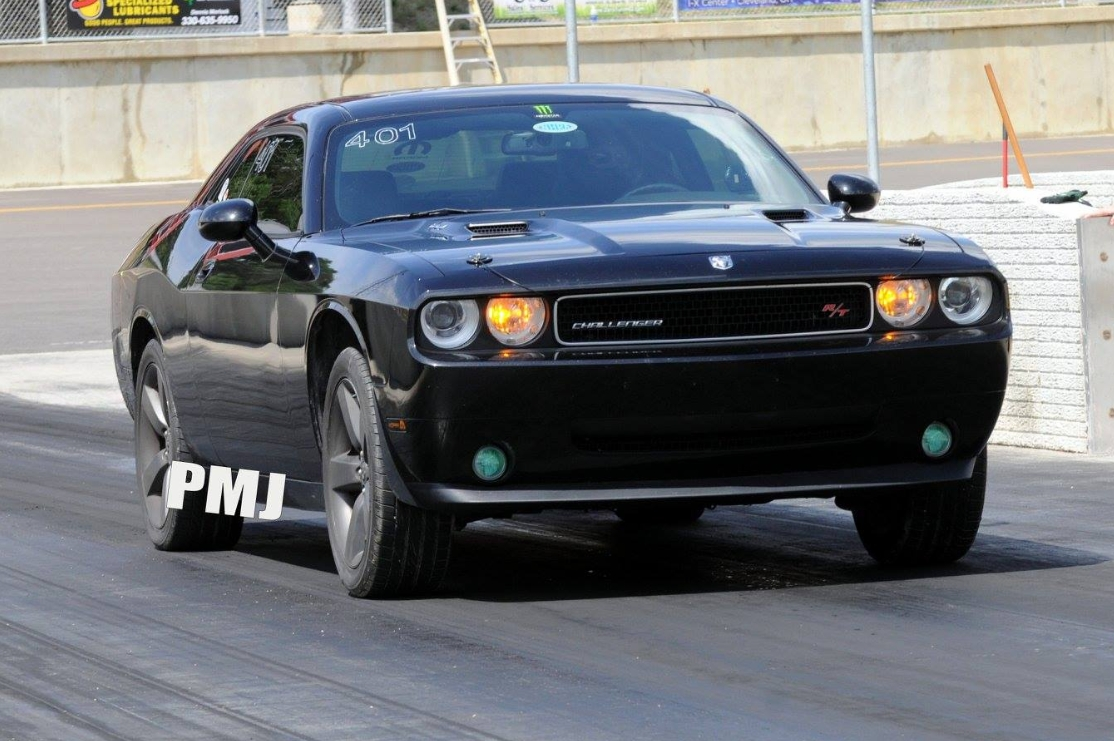Brilliant Black 2010 Dodge Challenger RT