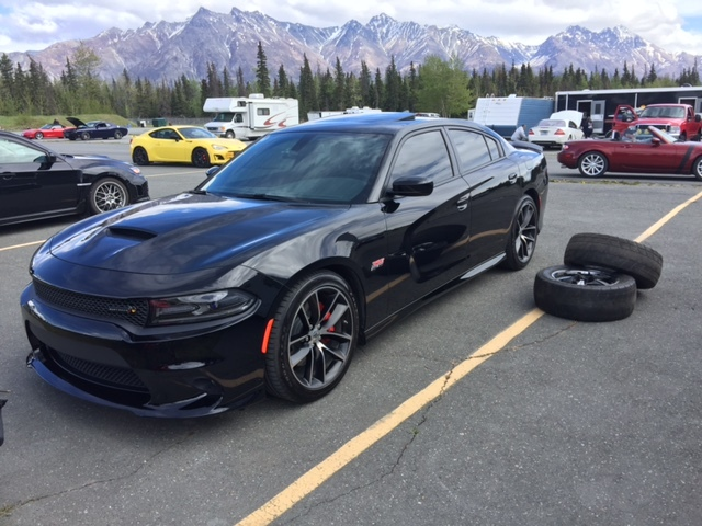 Black 2017 Dodge Charger R T Pack