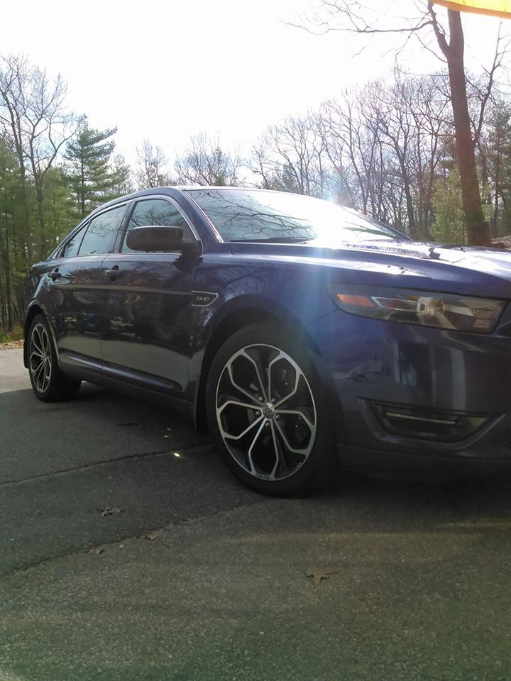 2013 Ford Taurus SHO 1 4 mile trap speeds 0 60 DragTimes